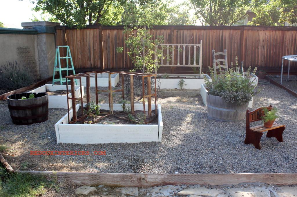 Full Garden Junk