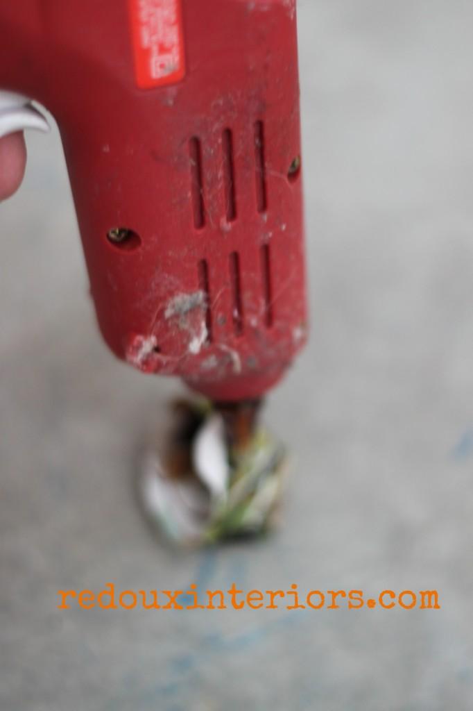 Hot glue for paper flower redouxinteriors