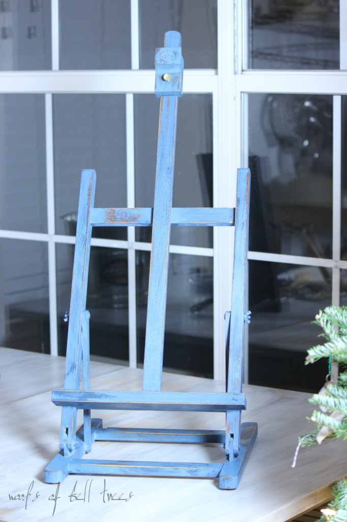 painted-easel-milk-paint-miss-mustard-seed-artissimo-flow-blue-french-enamel-distressing-display-3-682x1024